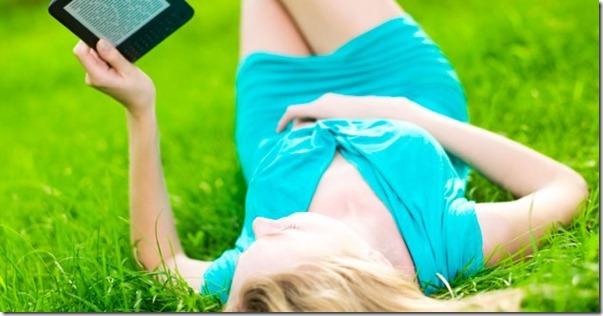 woman-outdoors-outside-ereader